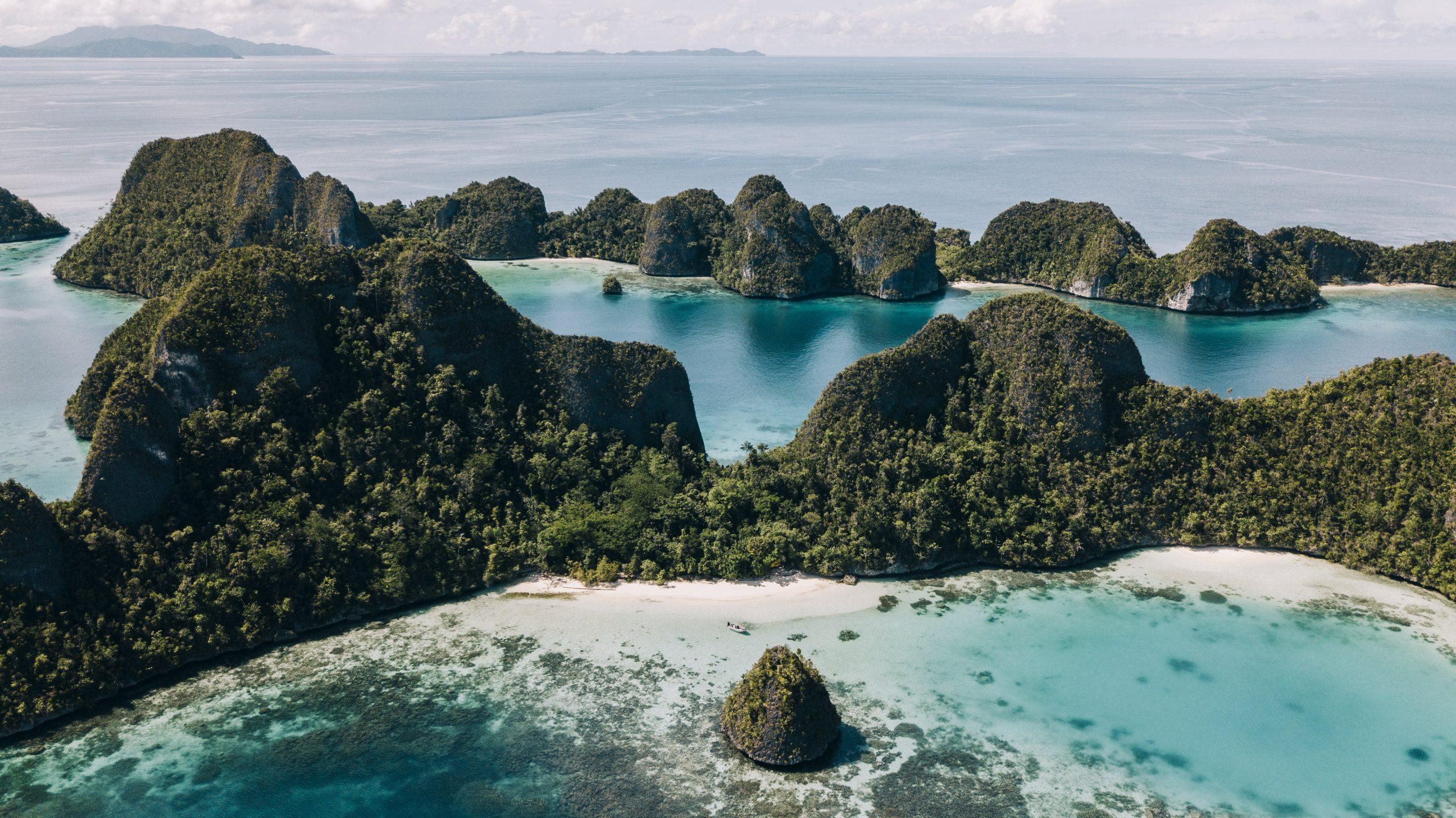 Raja Ampat Indonesia Cruise