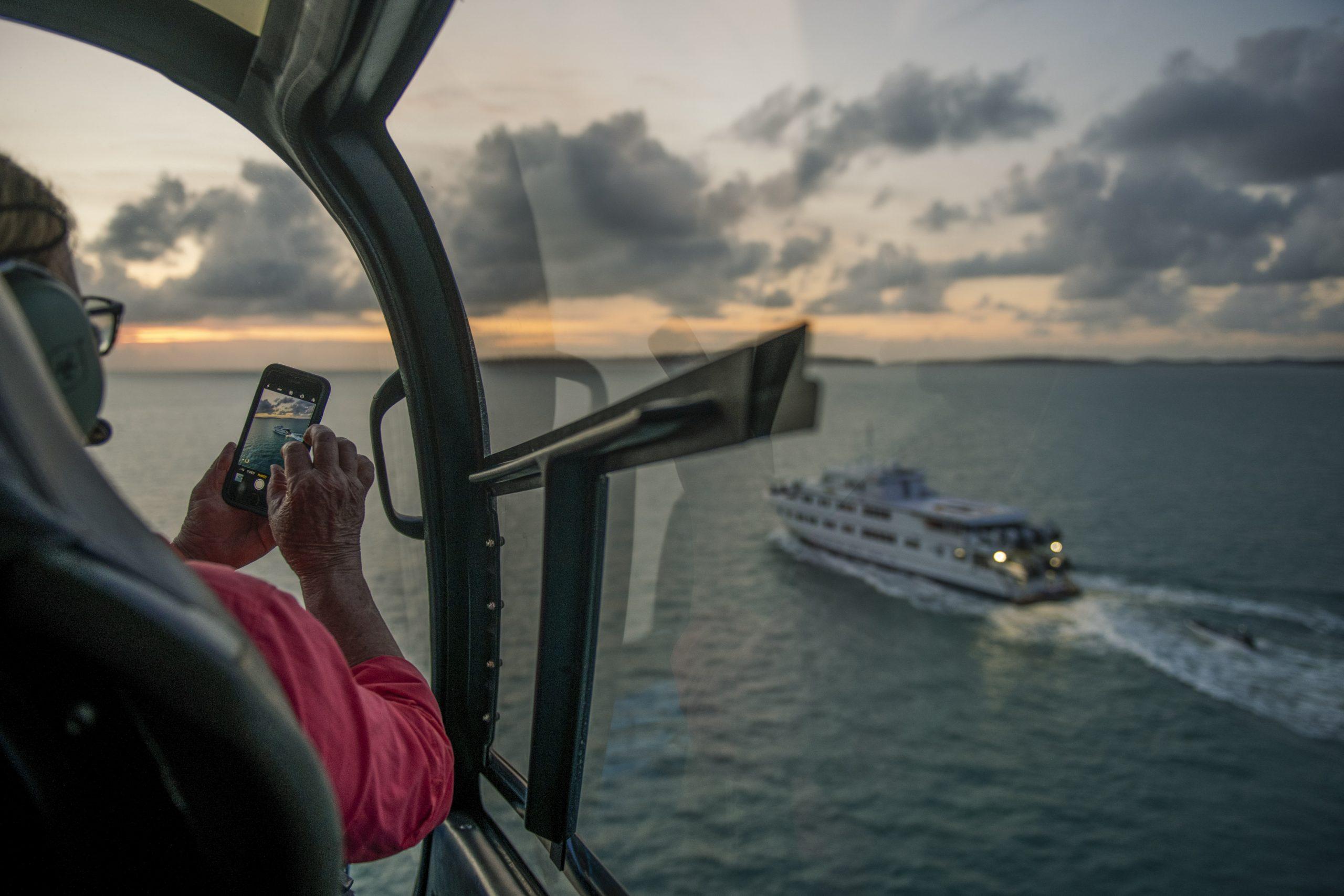 Kimberley Helicopter Cruise